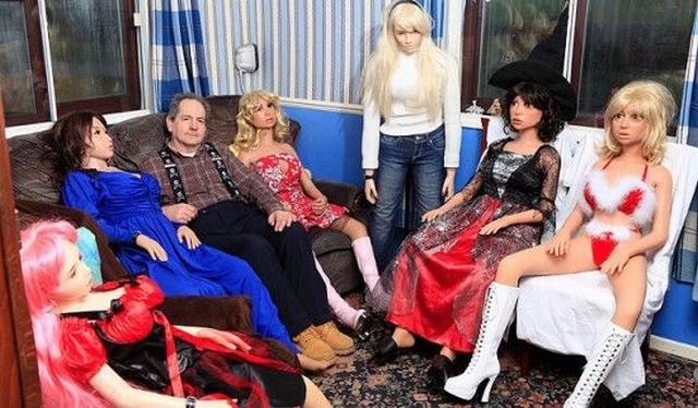 Хобби – коллекционирование секс кукол