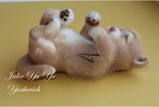 МК валяние игрушек: кошечка, шаг 10