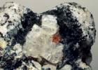 Кристаллы нефелина